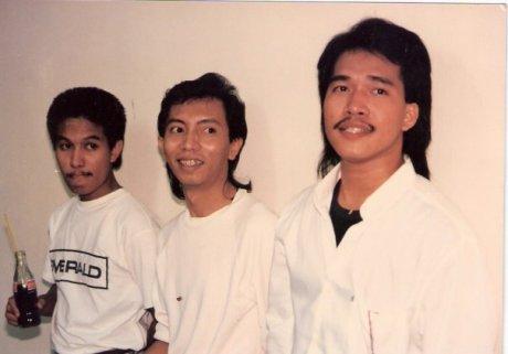 Emerald Band tahun 1988 (dari kiri) Iwang Noorsaid,Roedyanto wasito dan Ricky Johannes (Foto Gideon Momongan)