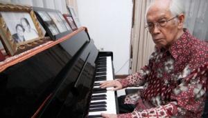 Komposer Alfred Simandjuntak (Foto lampung Post)
